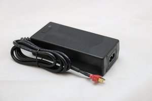 Lithium-ion lader 12,6V 3A